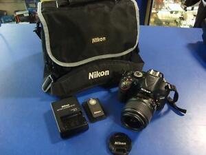 Ensemble caméra numérique et objectif NIKON