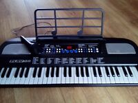 PlayOn Electronic Keyboard