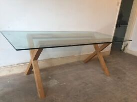 styling modern glass dining table and six chairs