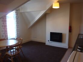 St Annes - Large Flat to Let nice area 2 mins from Sea Front