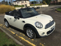 """Mini one convertible 2011 """"11"""" facelift White with black roof"""