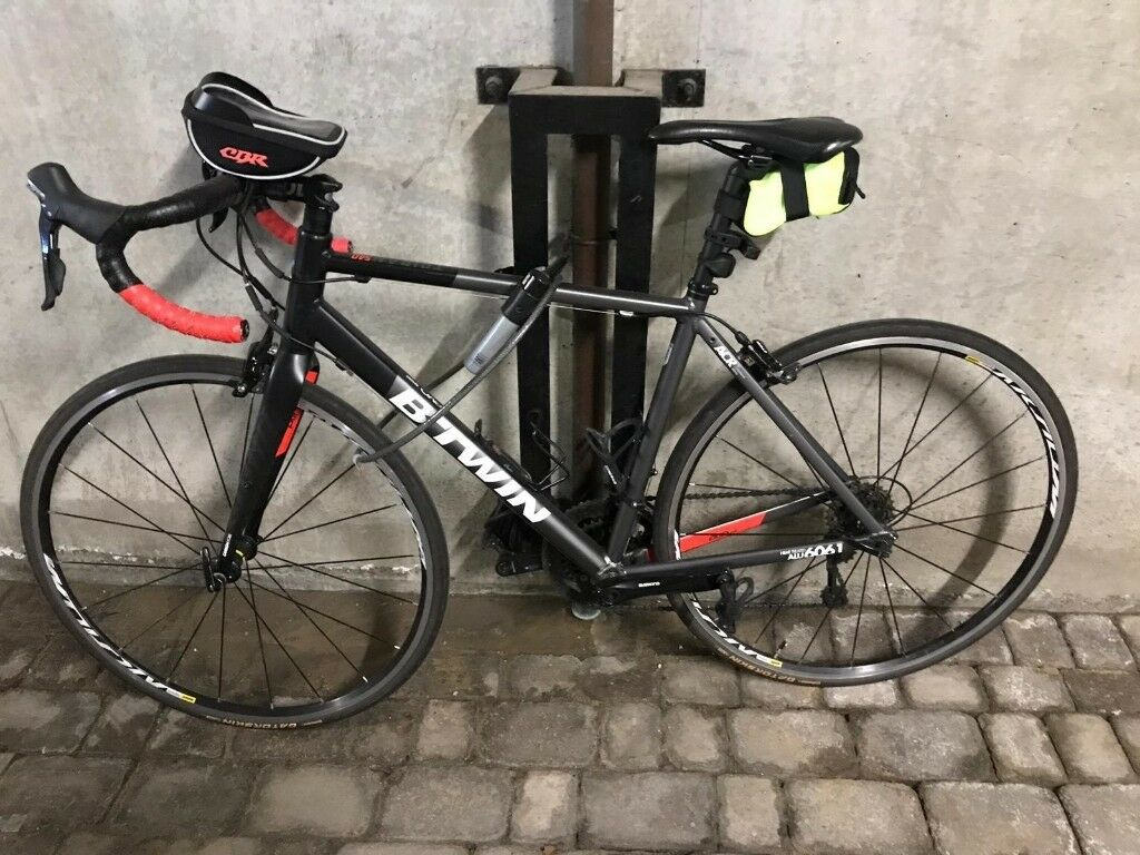 BTWIN TRIBAN 540 ROAD BIKE | in Limehouse, London | Gumtree