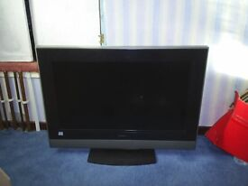32inch tv for spares/or easy repairhitachi 32inch