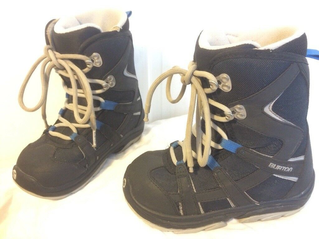 Burton kids snowboard boots in child size 3 (blue / grey)