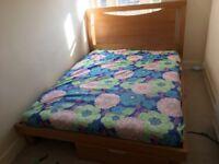 King bed W 160cm L 210cm max H 116cm
