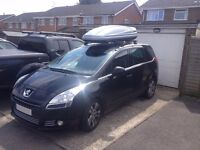 Thule roof boxes for hire