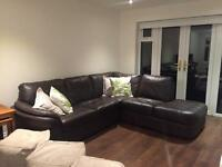 Leather corner sofa in perfect condition