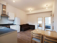 Recently decorated 2 double bedroom 2 bathroom flat close to Manor House & Haringey