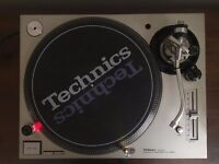 Technics 1200MK5 Turntable