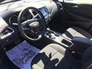 2017 Chevrolet Cruze RS HATCHBACK TURBO + COMME NEUF