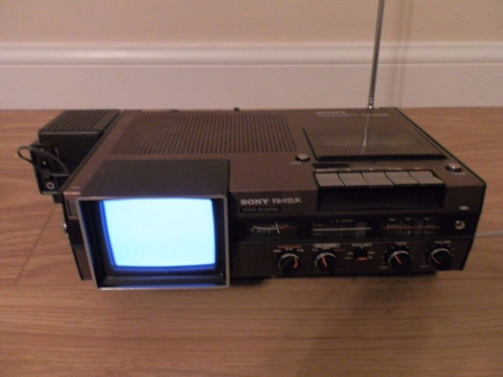 Vintage Retro Sony FX-412Uk Tv-- Fm/Sw/Mw Receiver & Cassette Corder