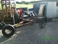 Trailer with bolsters for timber