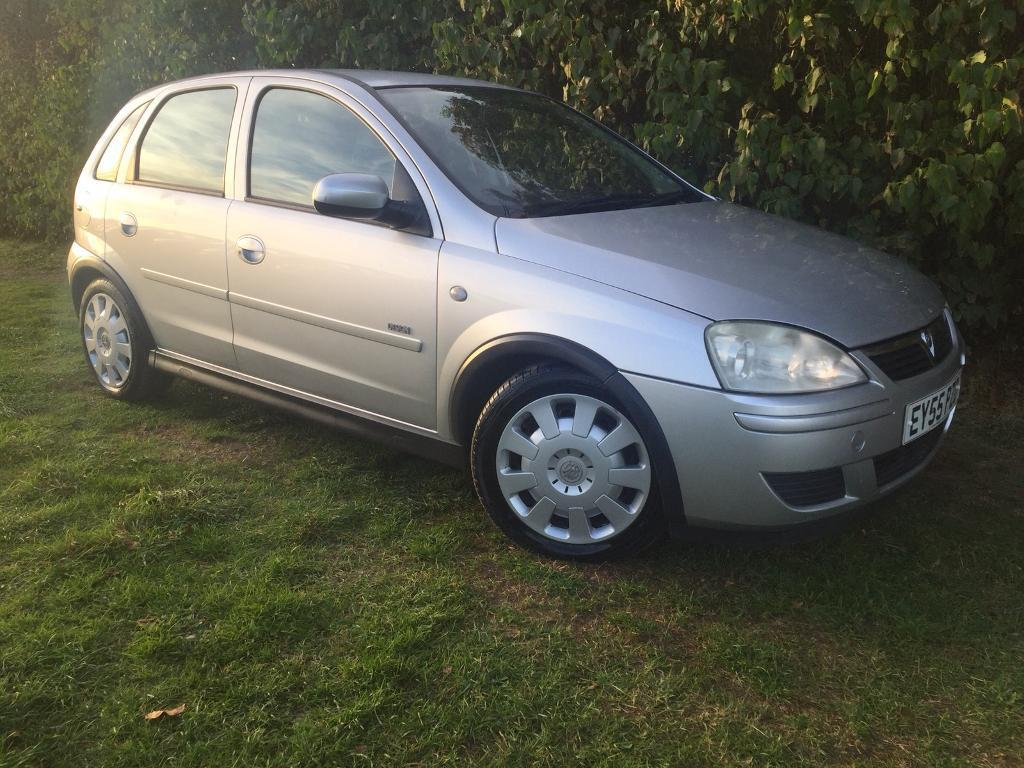 AUTOMATIC 2006 CORSA - ONLY 34,000 MILES - 1 YEARS MOT -