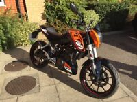 Superb low mileage KTM Duke 12 sportster 125cc ideal for learner or experienced riders