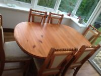 Pine Dining Room Table with 6 chairs