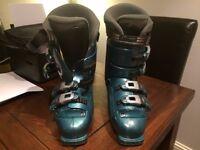 Nordica ski boots size 7