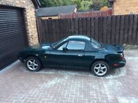 MX5 Eunos Roadster V Special Edition - 1993 racing green