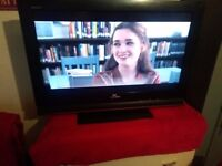 SONY KDL 32L 4000 FREE VIEW TV WITH 2 HDMI PC SCART + STAND & ORIGINAL REMOTE