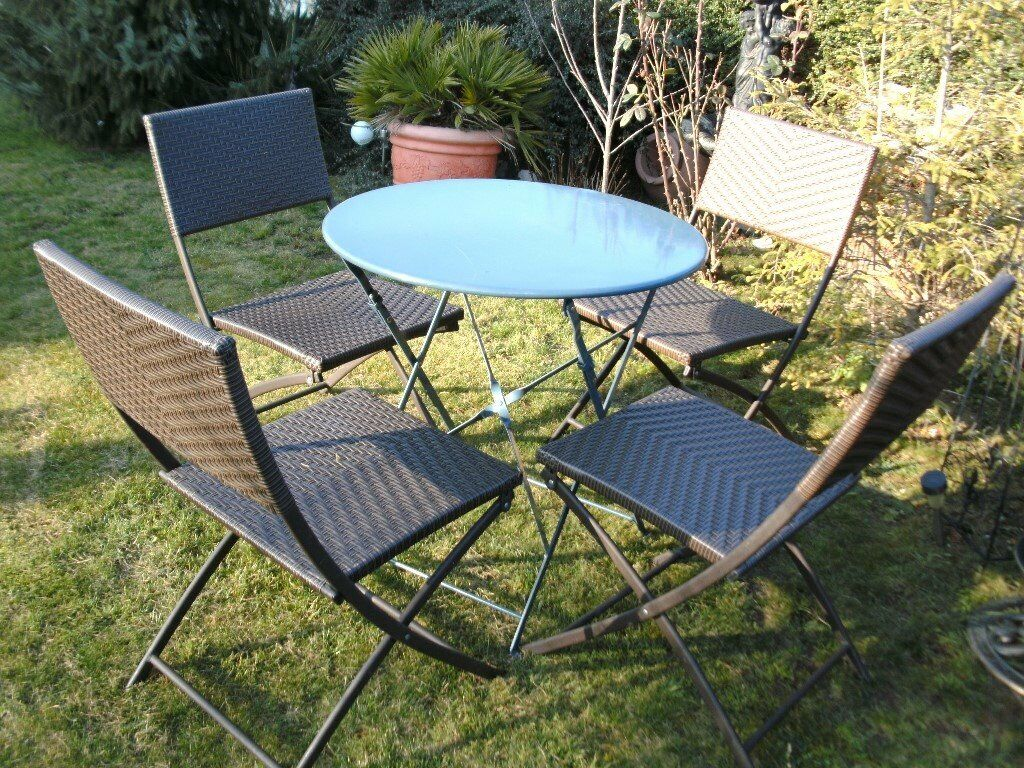 Four garden patio folding chairs and folding metal patio table cambridge