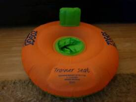 Zoggs trainer seat, swim ring 3-12 months