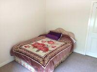 Room for rent in 3-bedroom flat!