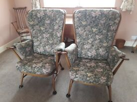2 x Ercol Windsor Evergreen Armchairs / Easy chairs