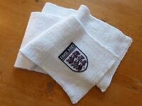 England football badged hand-knitted scarf