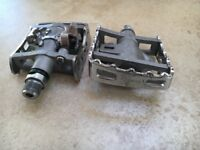 2 Pairs of Shimano M324 Combination Pedals