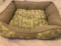 Pet Bed -Read Description-