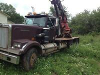 Western star with 120 prentice log loader