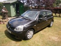 05 Renault Clio 1.2 Extreme Mk3 3 dr, 151,000 miles, MOT to 20th Oct 17 Call James on 07391 421201