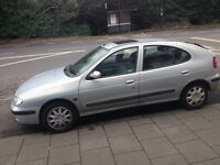 FSOR Renault Megane 1.4 petrol with CD changer in boot