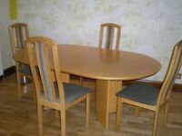 Oak Dining (extending)Table and 4 Chairs For Sale