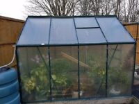 Gardman polycarbonate greenhouse 6x8ft