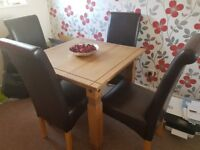 Dining table with 4 chairs new