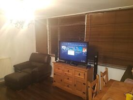 2 bed spacious flat in foresthill for your 3 bed