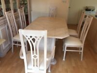 Oak Extentable Dining Table and 6 Chairs