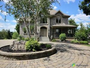 595 000$ - Maison à paliers multiples à Shawinigan (Grand-Mèr