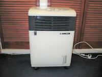 Amcor AC 706AM Heater/Humidifier/Cooler unit.