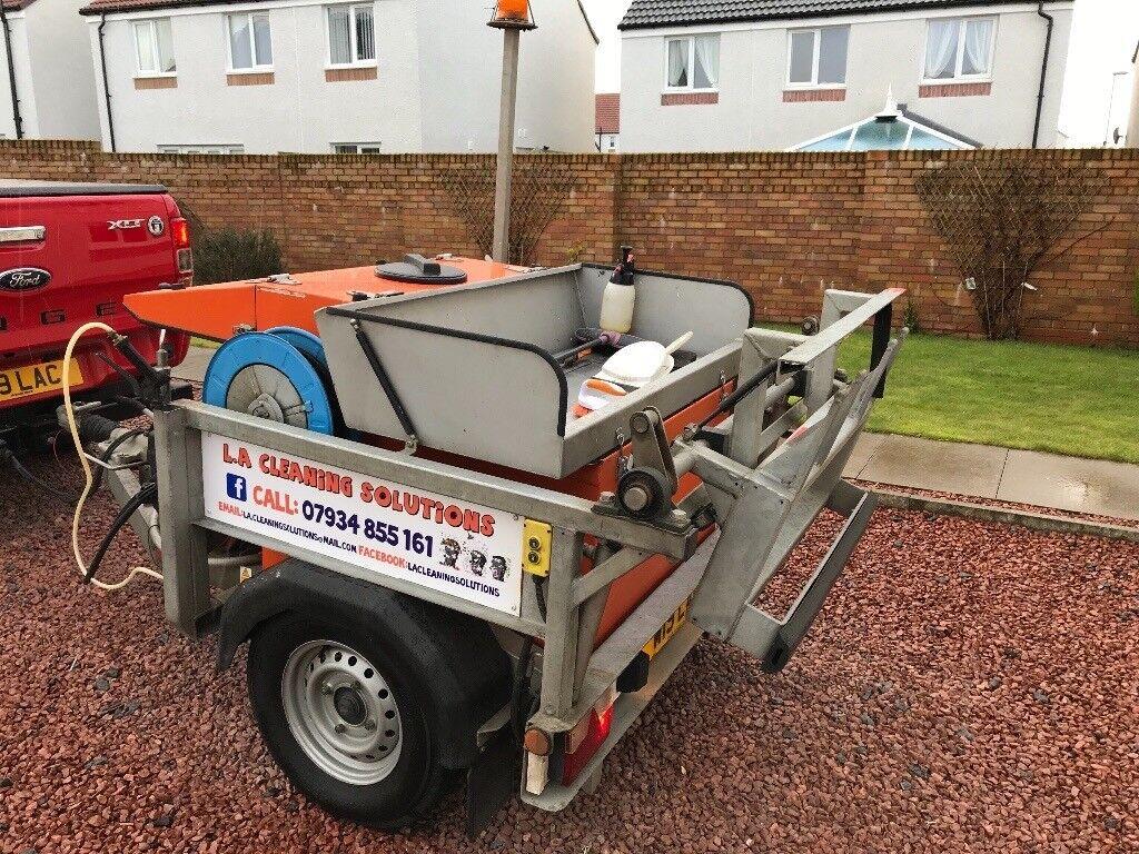 Wheelie Bin Cleaning >> Wheelie Bin Cleaning Machine Pressure Washer In Irvine North