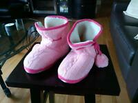 Joe Fresh pink bootie-style slippers NEW