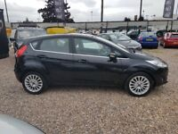 2014 Ford Fiesta 1.0 Ecoboost AUTOMATIC Titanium 5 Door in BLACK huge spec RARE AUTOMATIC
