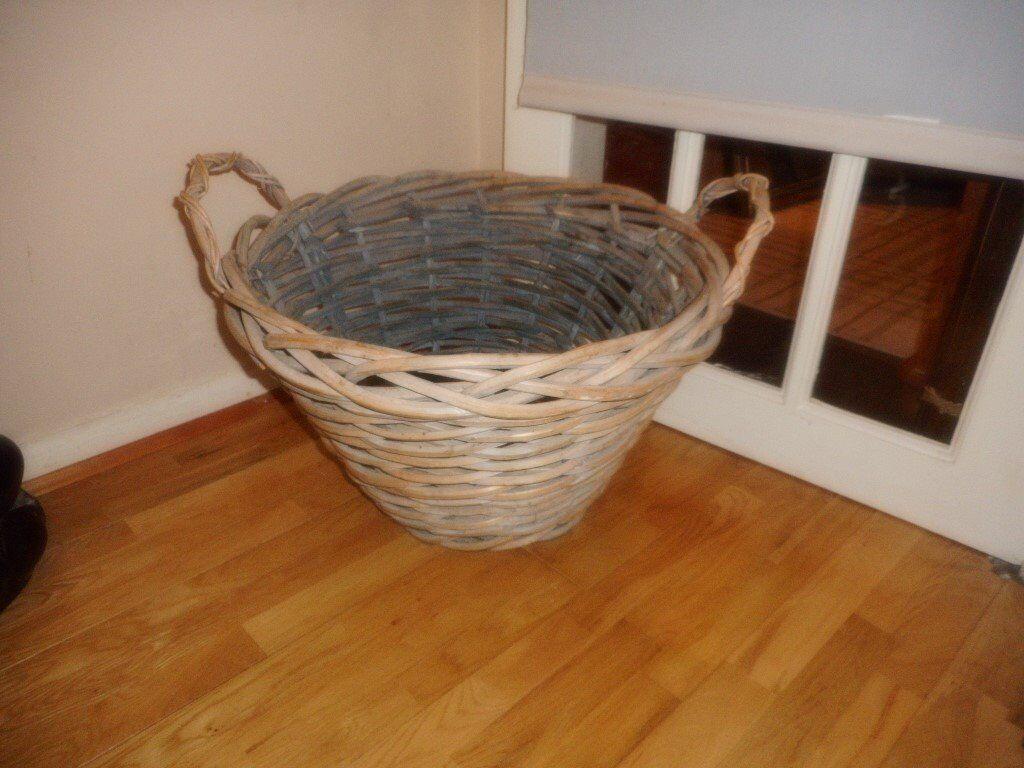 large chunky log basket