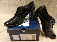 Gabor, ladies 2.5 inch heel brogues, size 5 UK / 38 EU, black shiny leather, like new, Austria £20
