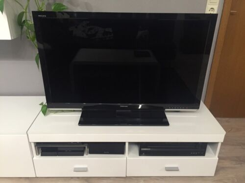 fernseher hd tv toshiba 42 zoll in bayern gundelfingen a. Black Bedroom Furniture Sets. Home Design Ideas