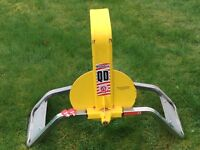 Bulldog QD33 wheel clamp for caravan or trailer