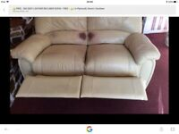 👍 FREE 2 & 3 LEATHER RECLINER SOFAS 👍. FREE ,!!!!!!!!!