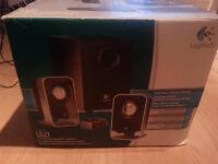 Logitech LS 21 2.1 speakers system