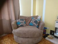 Scs panama L/H corner suite and snuggle swivel chair