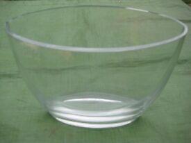 Lovely Elliptical Shaped Crystal Glass Vase